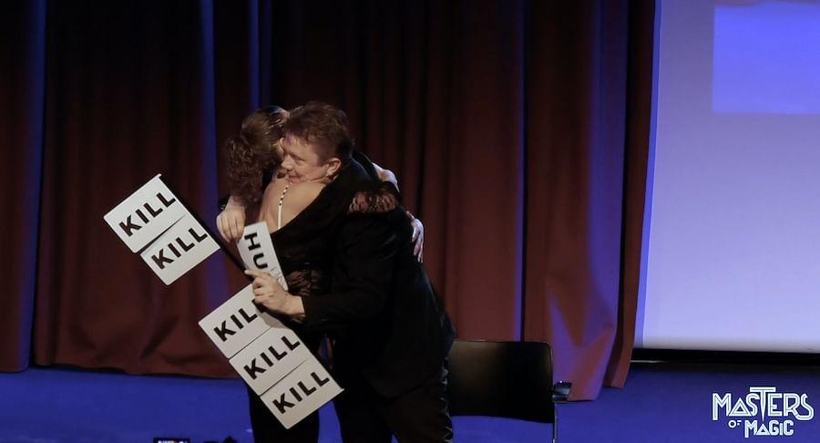 hug/kill