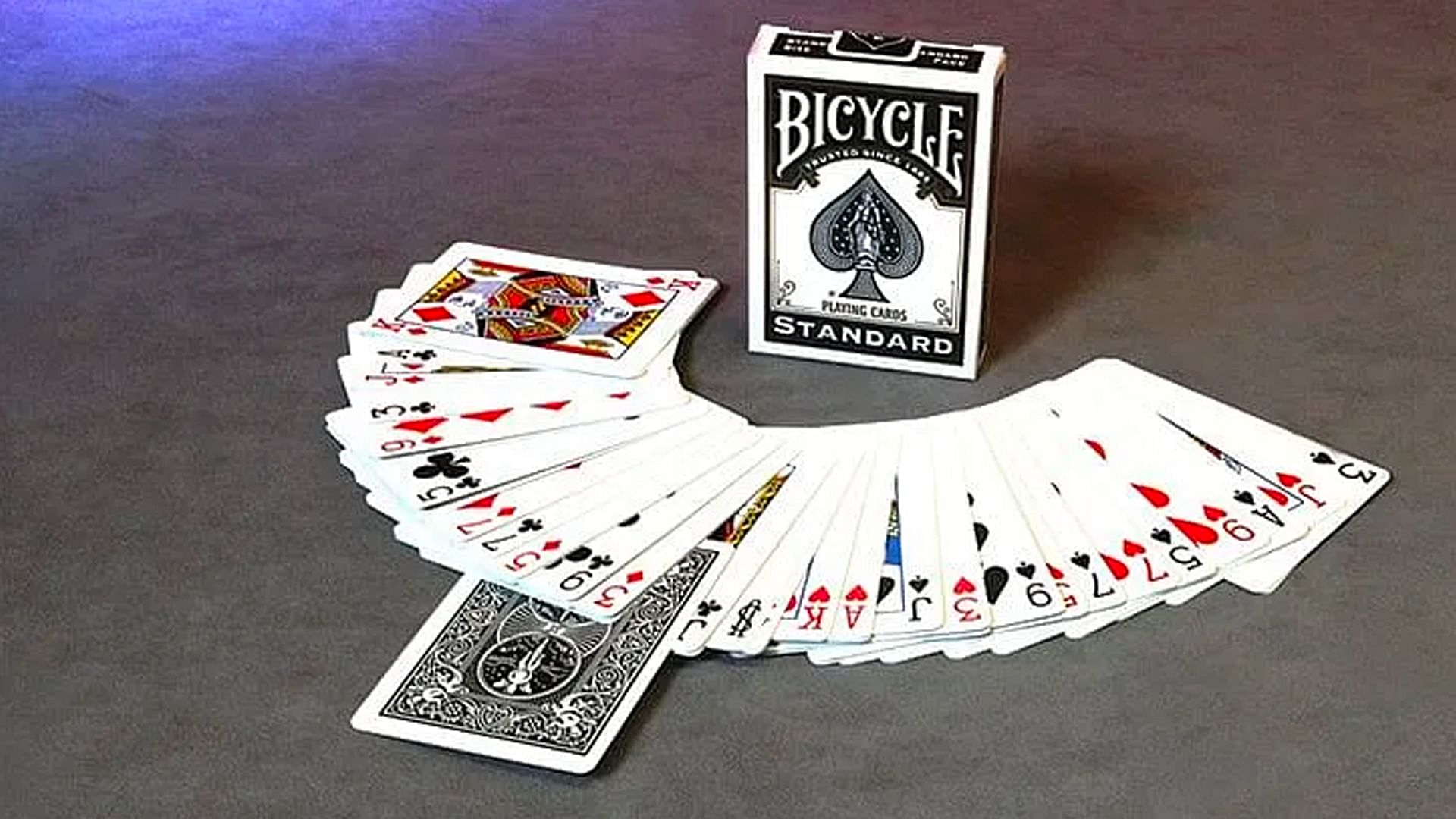 Most Common Bicycle Playing Card Trick Decks Used by Magicians