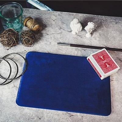 Close-up Magic Pad Table Mat for Card Tricks and Coin Illusions 12 by 17 In...
