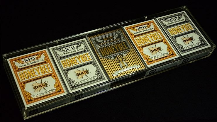 Carat Card Case for displaying playing cards