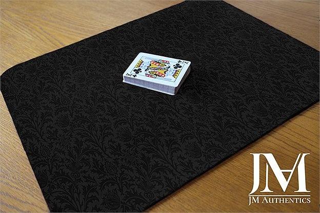 JM Authentics Close Up Pad (Black Thistle Print)