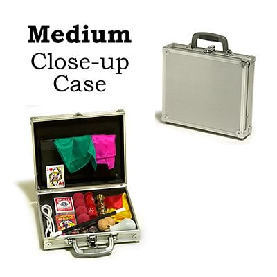 Close-Up Case (Medium) - magic