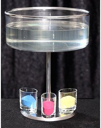 Compact Vase - magic