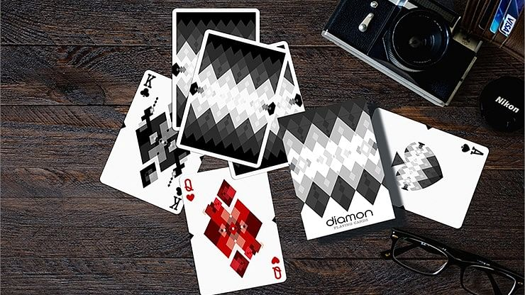 Diamon Playing Cards N° 10 Black and White