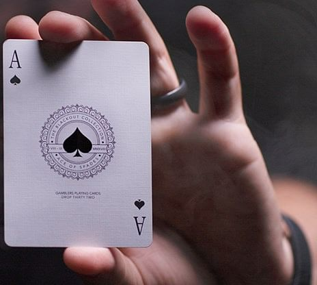 Gambler's Playing Cards (Borderless Black)
