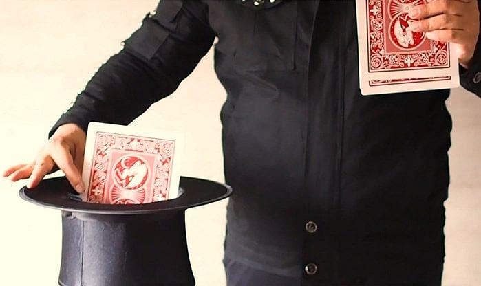 Jumbo Princess Card Trick