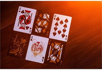 Love Art Deck Deck Limited Edition (Red)