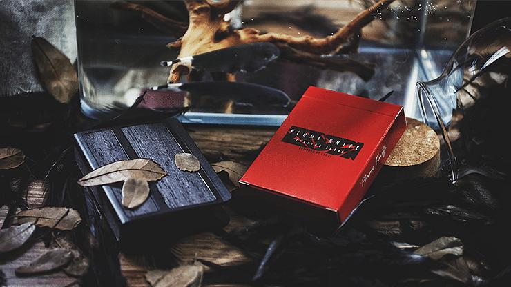 Plume Knife Playing Card - magic