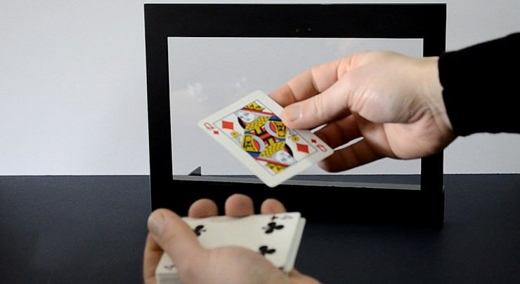 Ultimate Card Frame with Remote Control